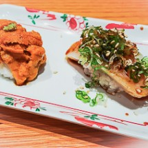 Uni and Alaskan White King Salmon - Sushi SAM's EDOMATA
